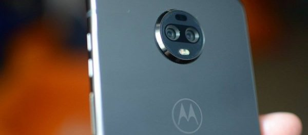 Motorola Moto Z3: Android 9 Pie, supporto software al 5G e patch di gennaio
