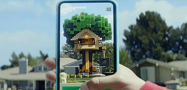 Minecraft Earth si mostra in azione alla WWDC 2019 | Video gameplay