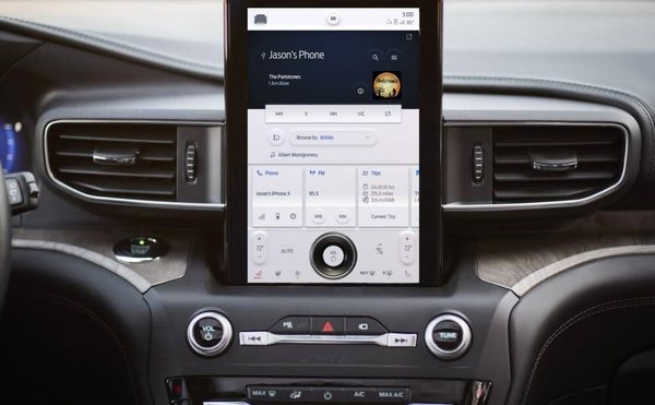 Ford Sync 4: intelligenza artificiale e wireless con Android Auto ed Apple CarPlay