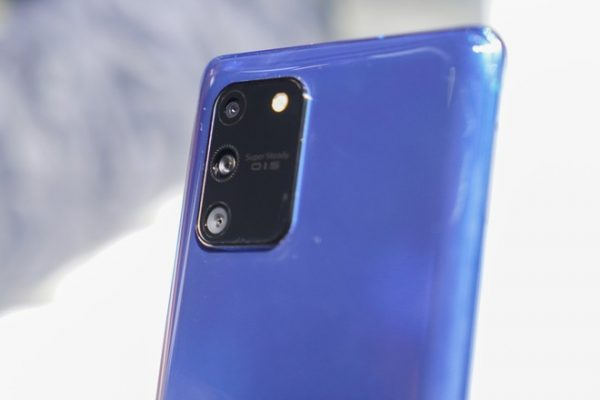 Samsung Galaxy S10 Lite in arrivo su Amazon a 679 euro